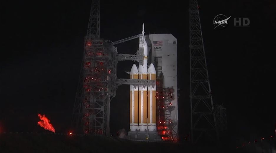 Flight Test 1 - Orion on Launch Pad